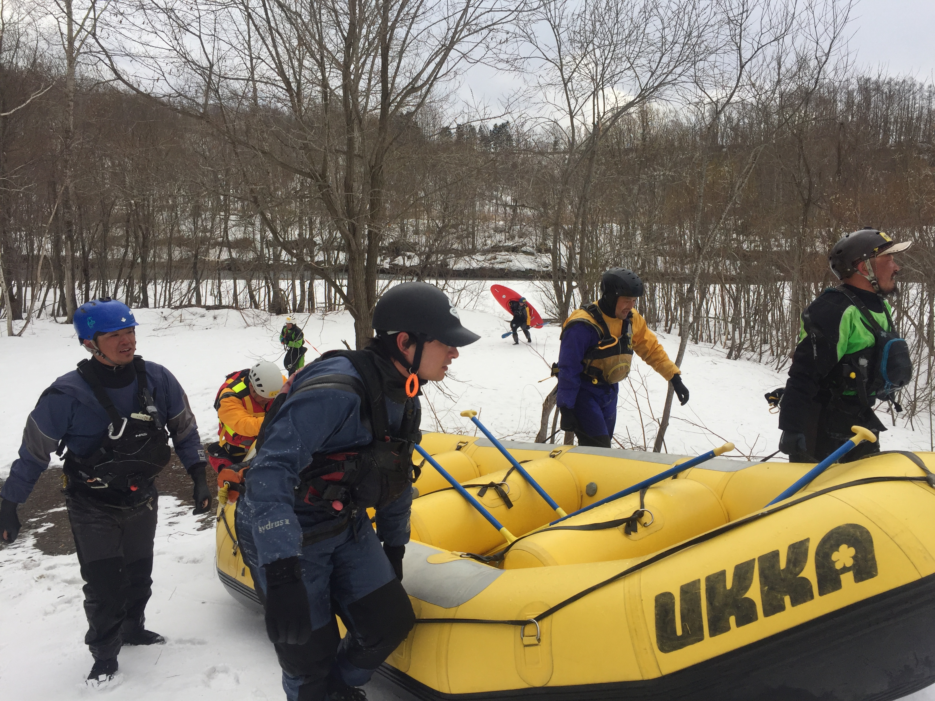 rafting-rescue1