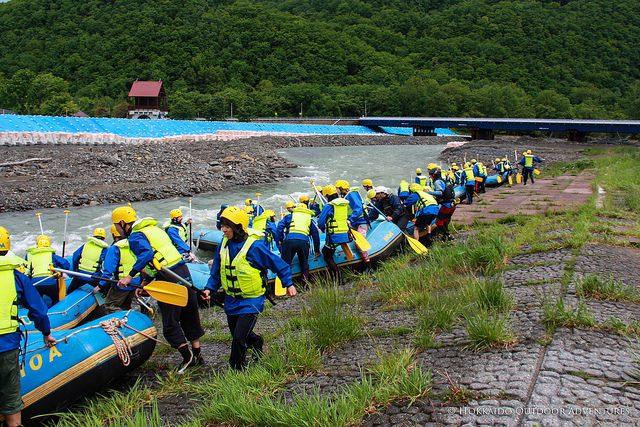 hoa-raft-race