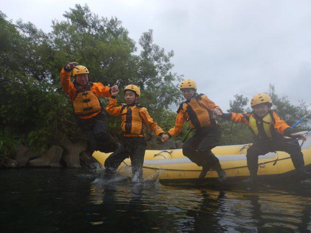 camp-rafting